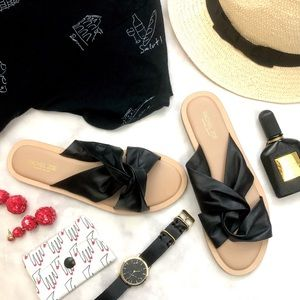 Rachel Zoe Black Leather Twist Strap Flat Sandals